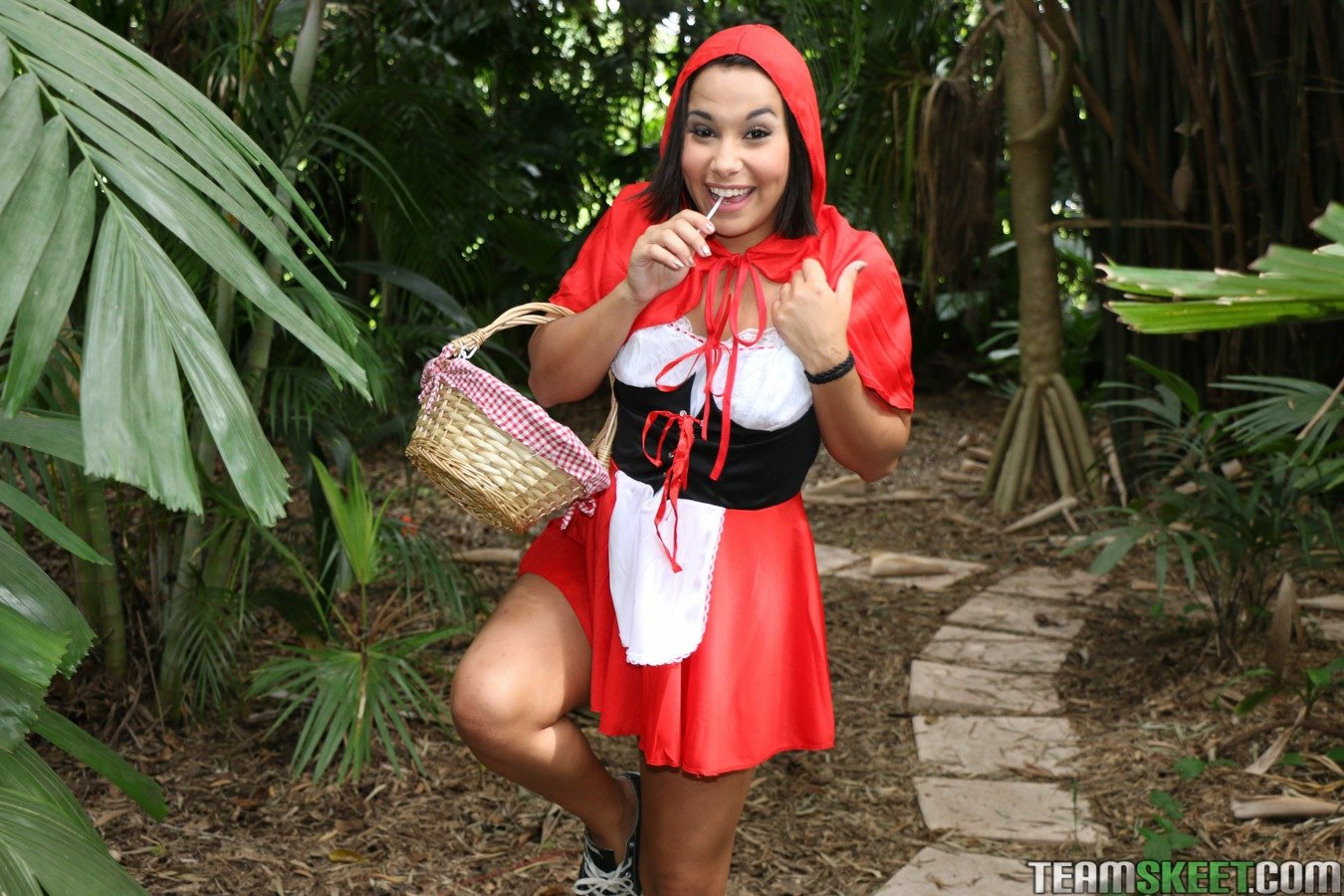 red riding ho