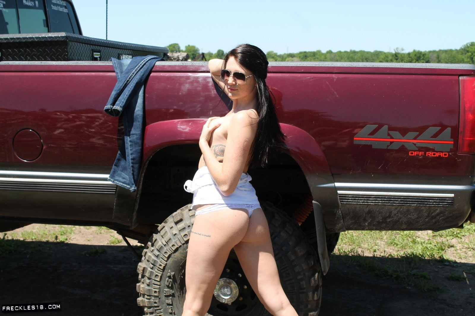 Off Road Sluts freckles18 lifted trucks and dirty sluts - fine hotties